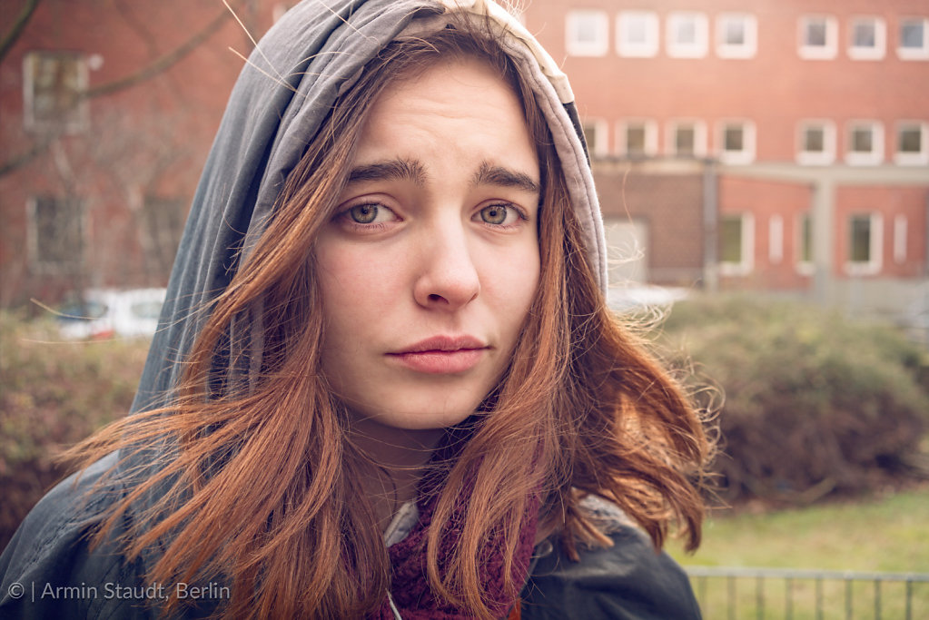 portait of a doubting young woman