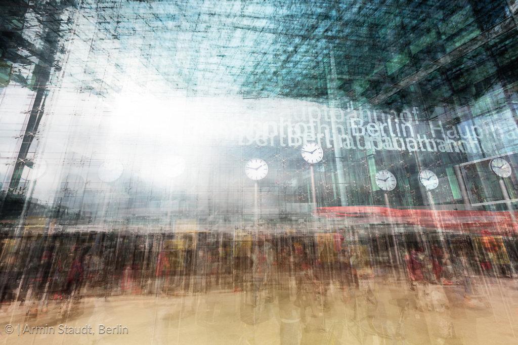 Zeit - Hauptbahnhof